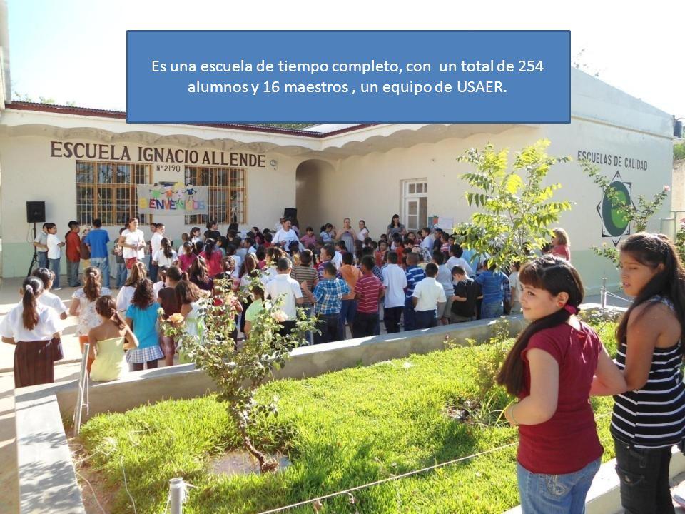 Es una escuela de tiempo completo, con un total de 254 alumnos y 16 maestros , un equipo de USAER.