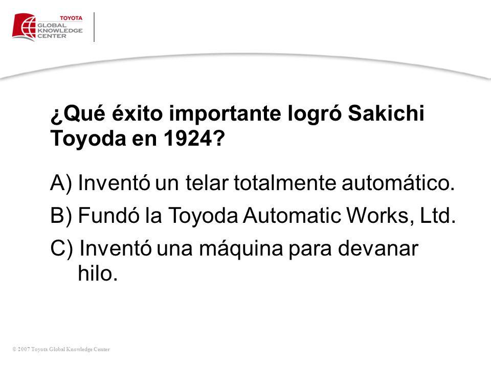 ¿Qué éxito importante logró Sakichi Toyoda en 1924