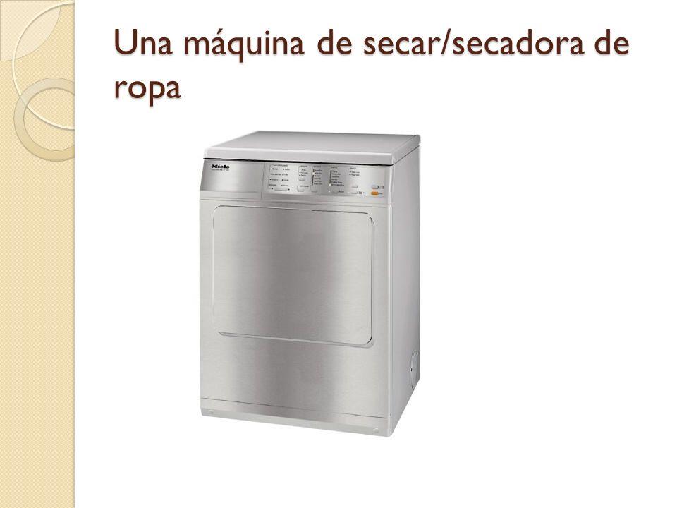 Una máquina de secar/secadora de ropa