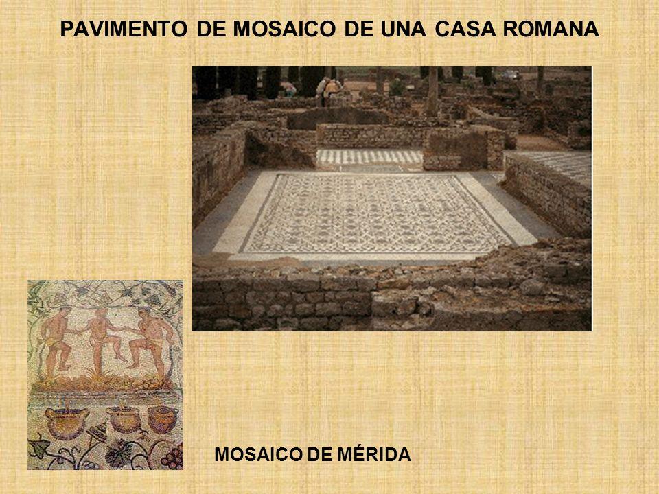 PAVIMENTO DE MOSAICO DE UNA CASA ROMANA
