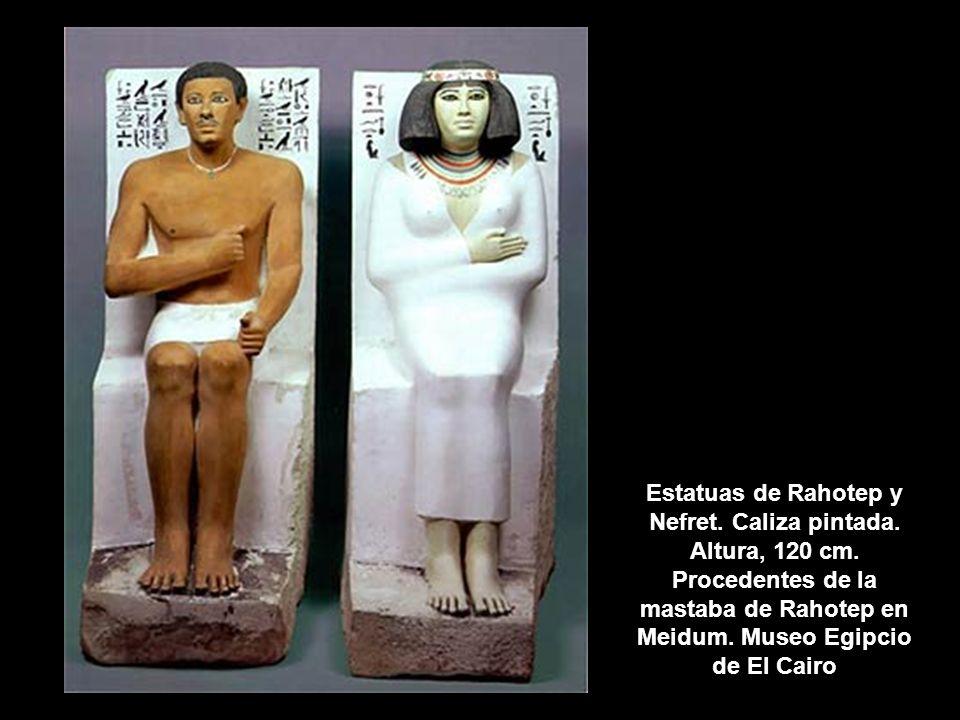 Estatuas de Rahotep y Nefret. Caliza pintada. Altura, 120 cm