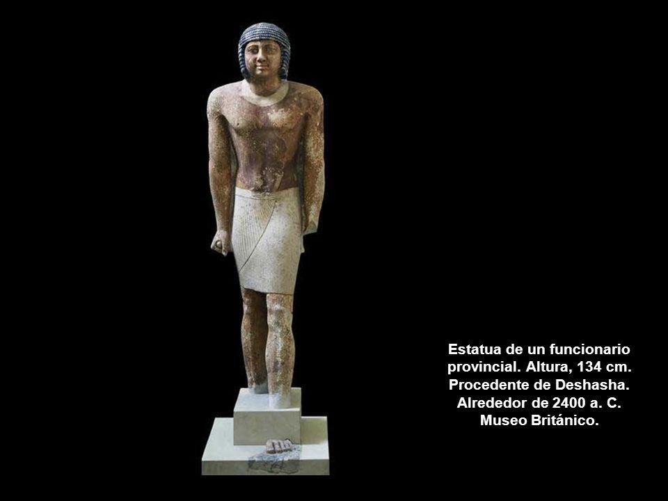 Estatua de un funcionario provincial. Altura, 134 cm