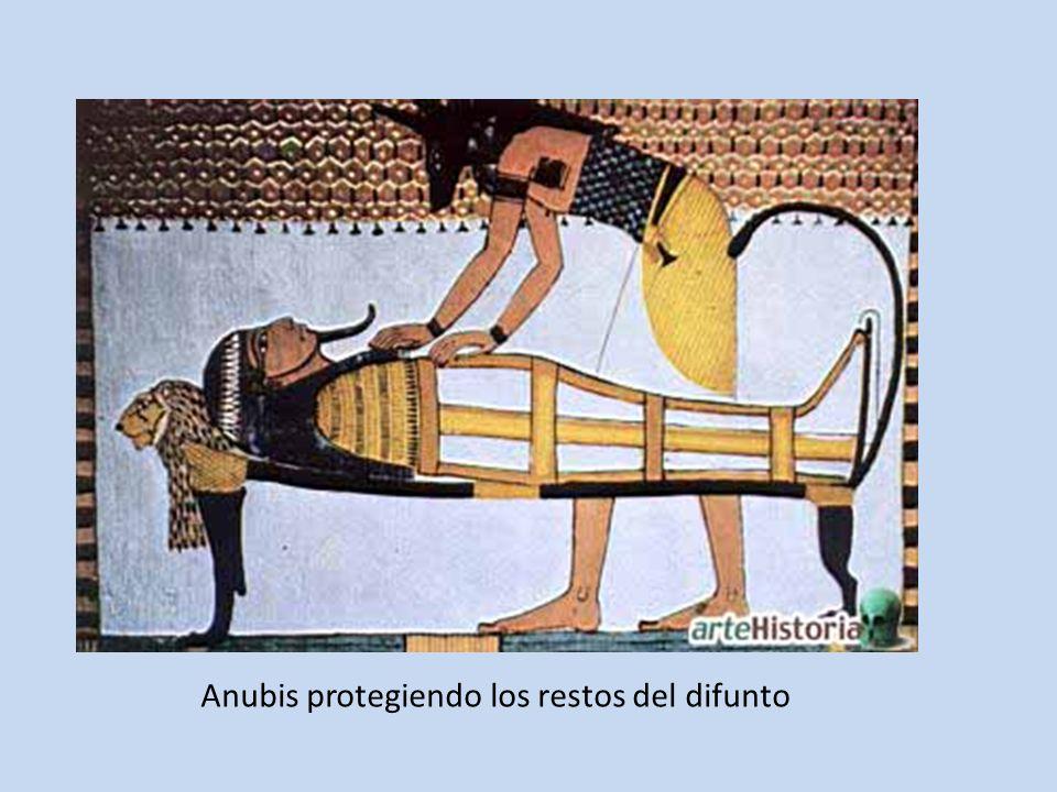 Anubis protegiendo los restos del difunto