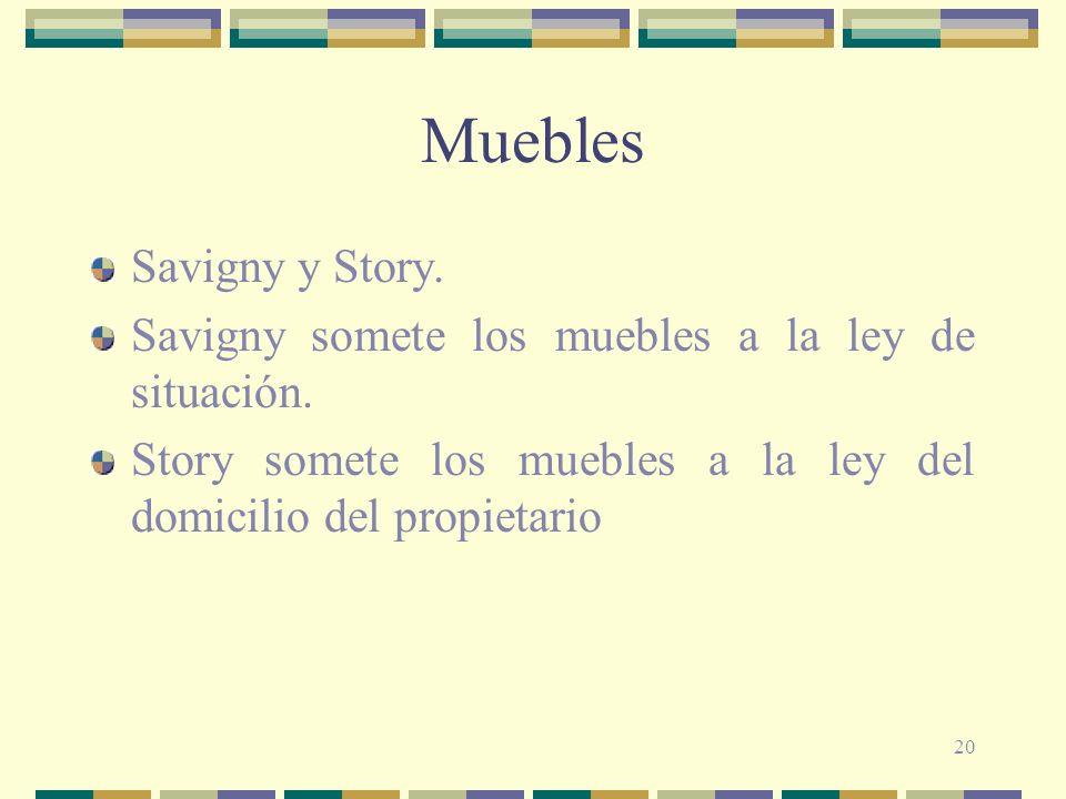 Muebles Savigny y Story.