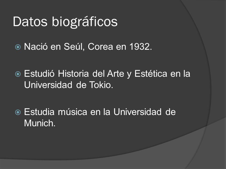 Datos biográficos Nació en Seúl, Corea en 1932.
