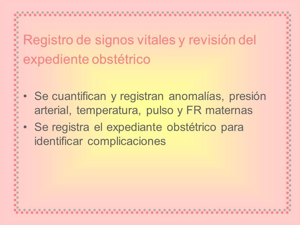 Registro de signos vitales y revisión del expediente obstétrico