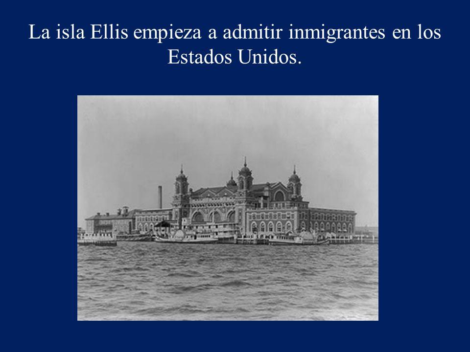 La isla Ellis empieza a admitir inmigrantes en los Estados Unidos.