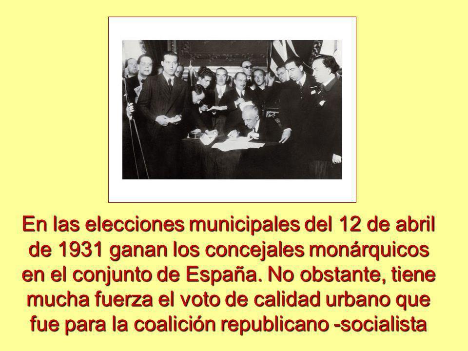 En las elecciones municipales del 12 de abril de 1931 ganan los concejales monárquicos en el conjunto de España.