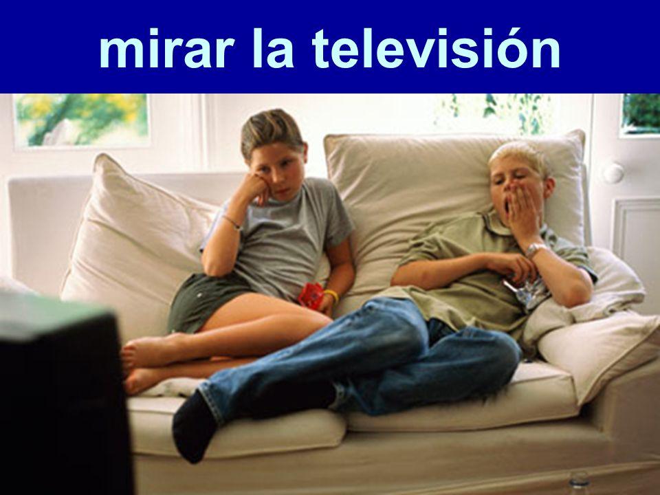 mirar la televisión 57
