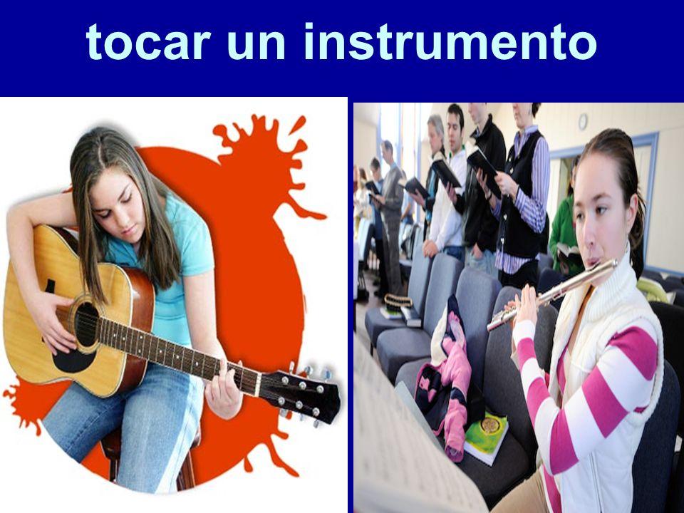 tocar un instrumento 77