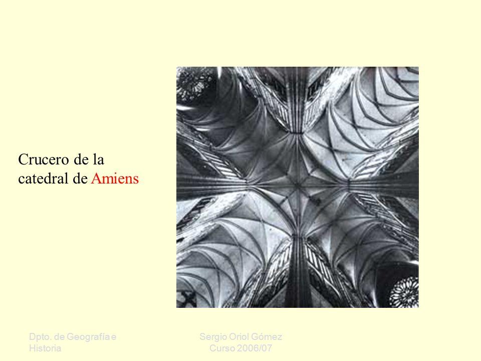 Crucero de la catedral de Amiens