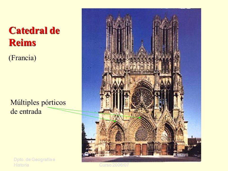 Catedral de Reims (Francia) Múltiples pórticos de entrada