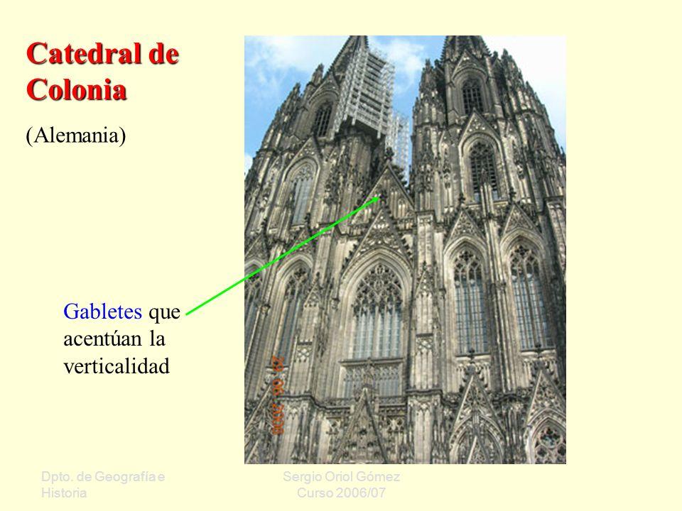 Catedral de Colonia (Alemania) Gabletes que acentúan la verticalidad