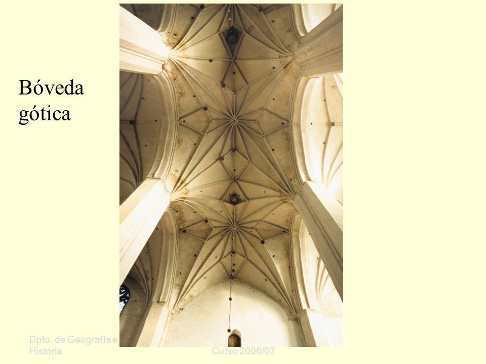 Bóveda gótica Dpto. de Geografía e Historia Sergio Oriol Gómez