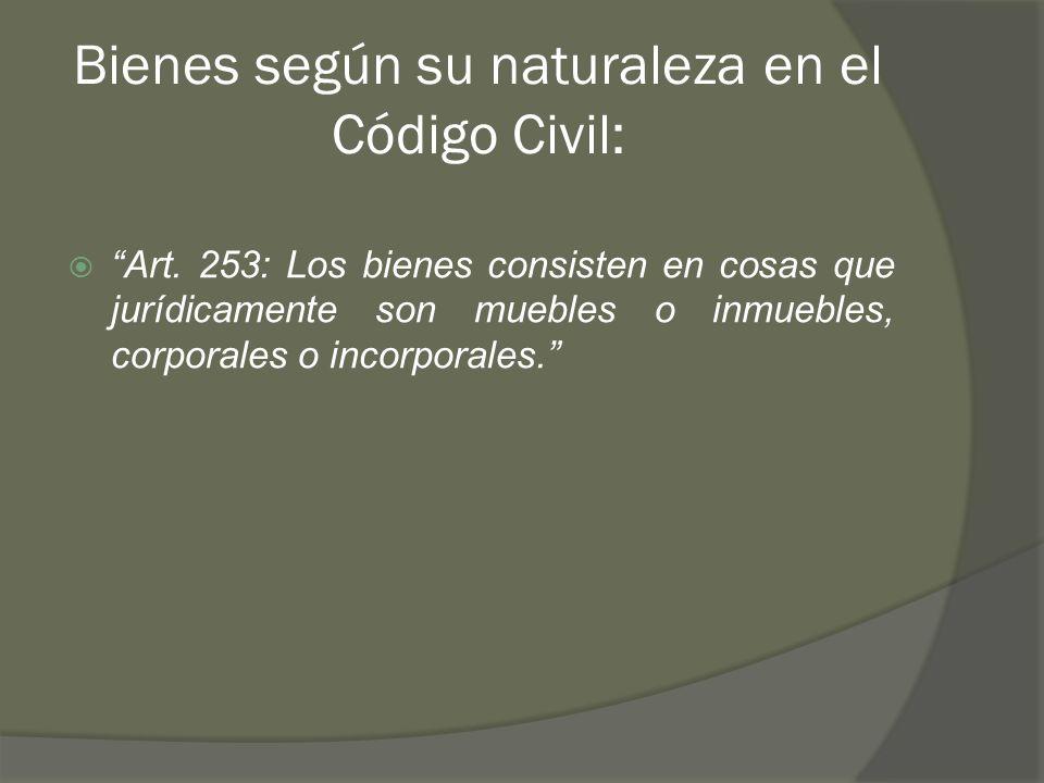 Bienes según su naturaleza en el Código Civil: