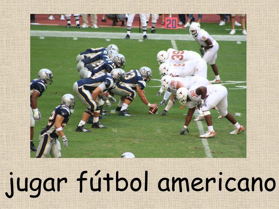 jugar fútbol americano