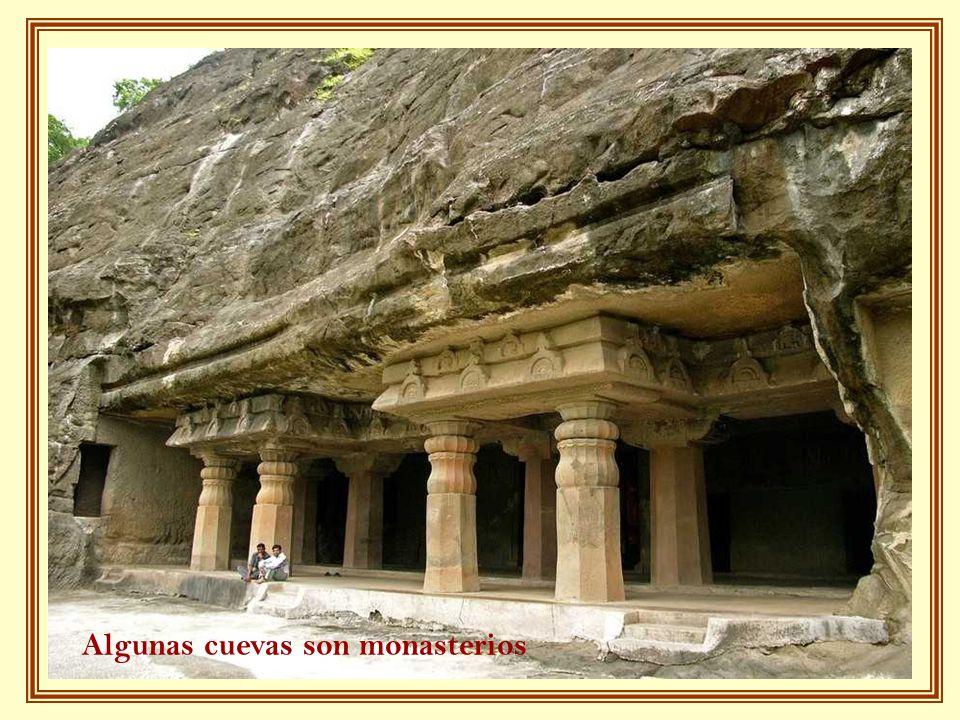 Algunas cuevas son monasterios
