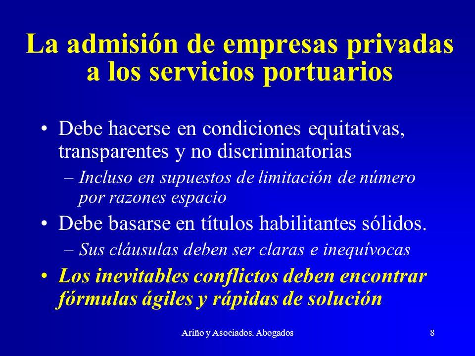 La admisión de empresas privadas a los servicios portuarios