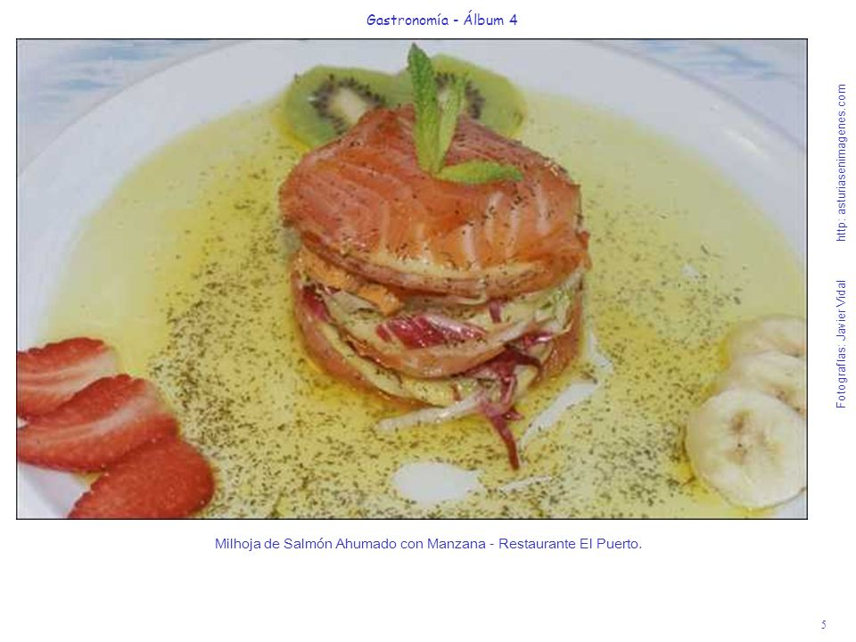 Milhoja de Salmón Ahumado con Manzana - Restaurante El Puerto.