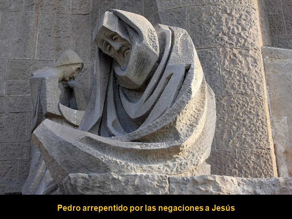 Pedro arrepentido por las negaciones a Jesús