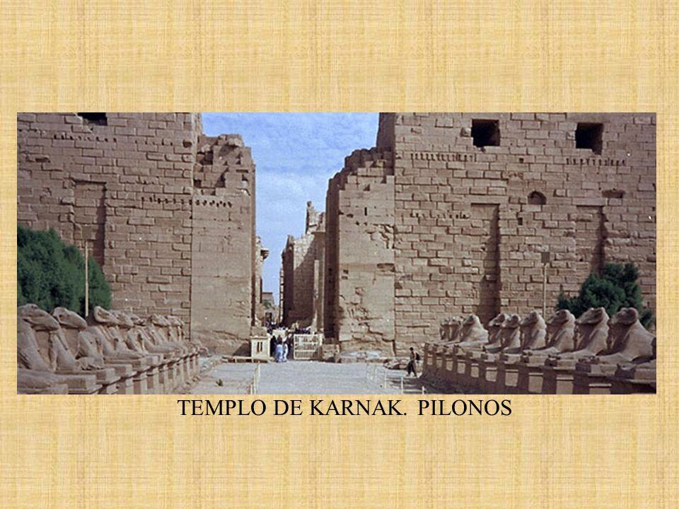 TEMPLO DE KARNAK. PILONOS
