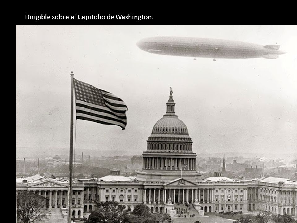 Dirigible sobre el Capitolio de Washington.