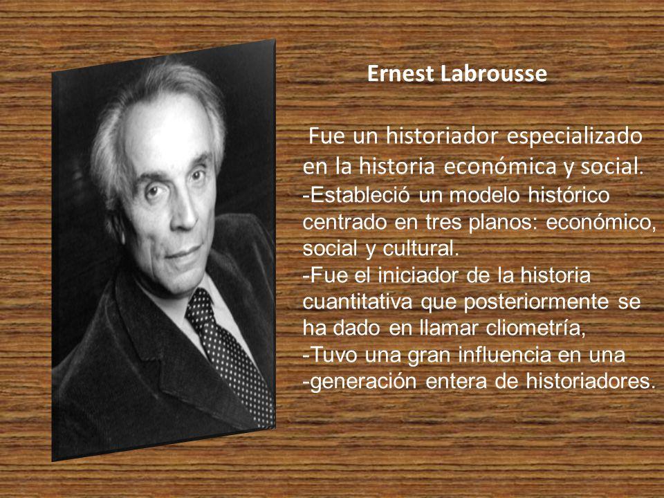 Fue un historiador especializado en la historia económica y social.
