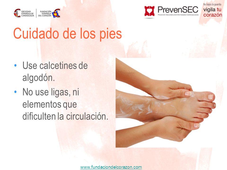 Cuidado de los pies Use calcetines de algodón.
