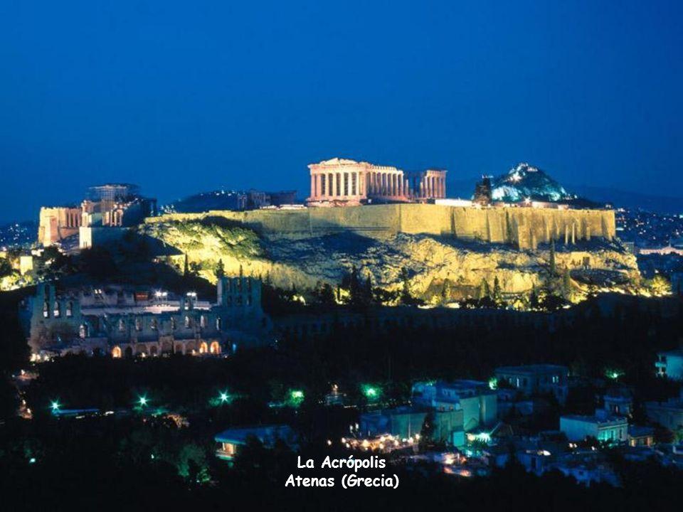 La Acrópolis Atenas (Grecia)
