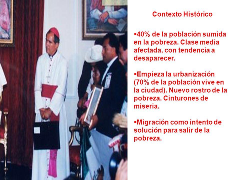 Contexto Histórico 40% de la población sumida en la pobreza. Clase media afectada, con tendencia a desaparecer.