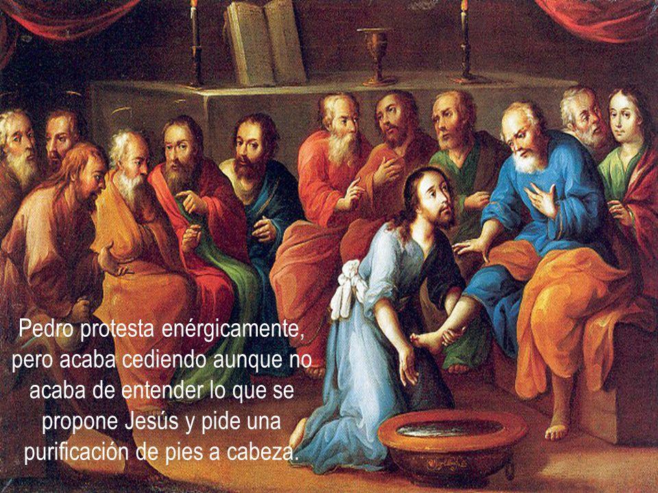 Pedro protesta enérgicamente, pero acaba cediendo aunque no acaba de entender lo que se propone Jesús y pide una purificación de pies a cabeza.