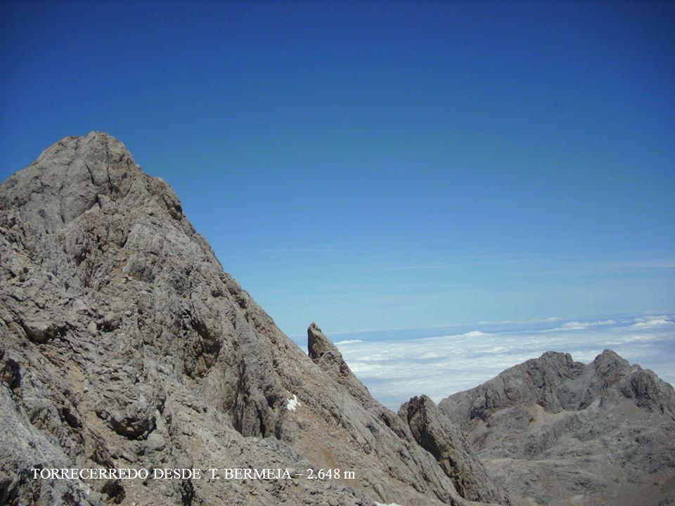 TORRECERREDO DESDE T. BERMEJA – 2.648 m