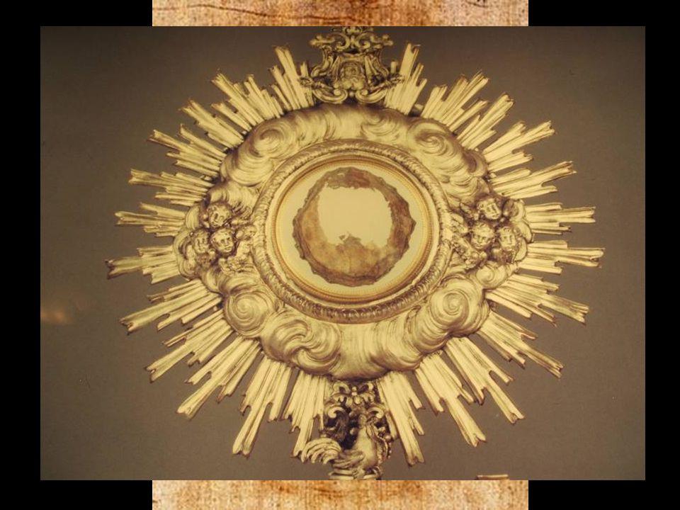 RELIQUIAS Y MILAGROS: Sabana Santa. (Turín), Hostia convertida en carne (Lanciano), Fragmentos de la Cruz.
