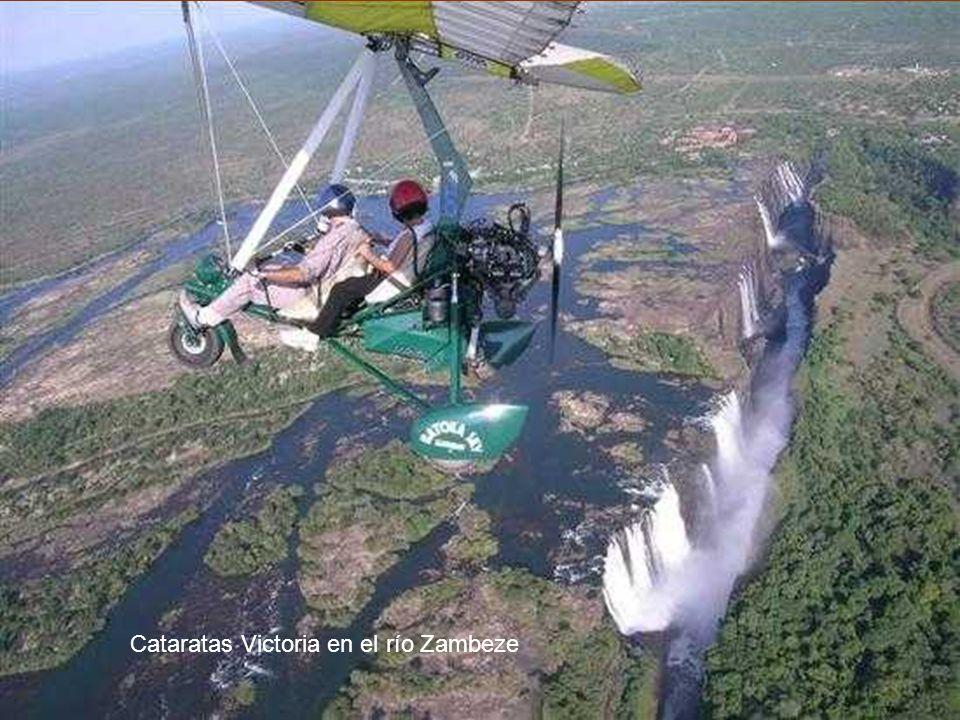 Cataratas Victoria en el río Zambeze