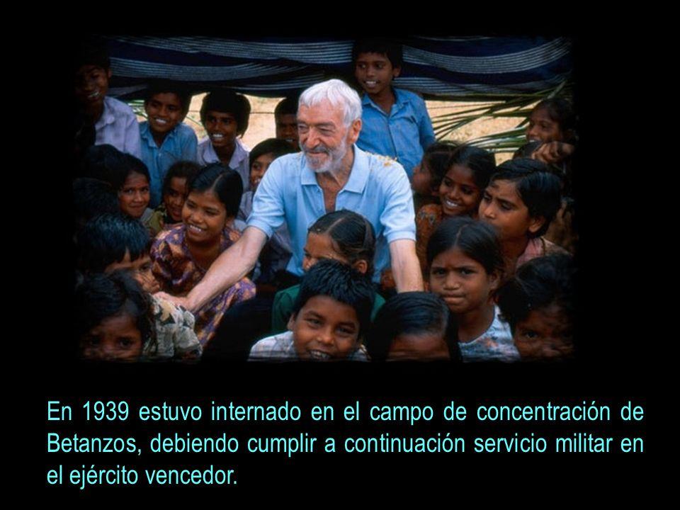 En 1939 estuvo internado en el campo de concentración de Betanzos, debiendo cumplir a continuación servicio militar en el ejército vencedor.