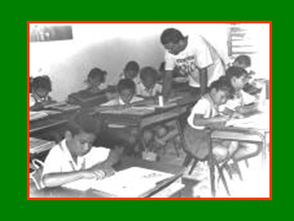 EDUCACIÓN MEDIO DE ADOCTRINAMIENTO INSTRUMENTO DE LA REVOLUCIÓN
