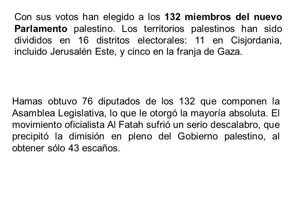 Con sus votos han elegido a los 132 miembros del nuevo Parlamento palestino. Los territorios palestinos han sido divididos en 16 distritos electorales: 11 en Cisjordania, incluido Jerusalén Este, y cinco en la franja de Gaza.