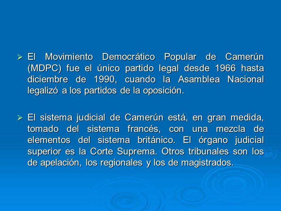 El Movimiento Democrático Popular de Camerún (MDPC) fue el único partido legal desde 1966 hasta diciembre de 1990, cuando la Asamblea Nacional legalizó a los partidos de la oposición.