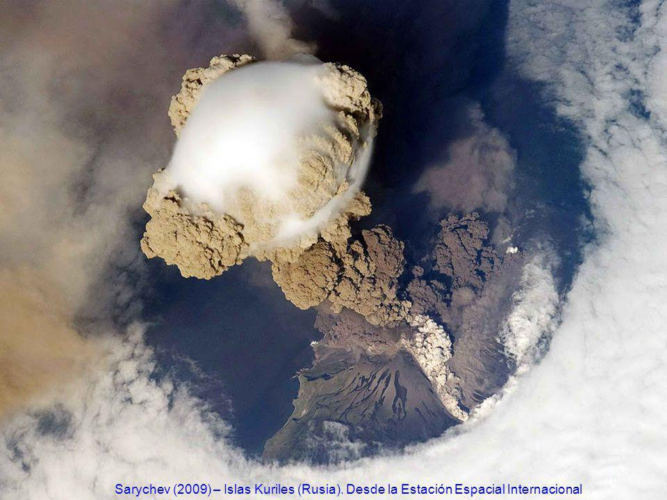 http://www.ecuadorciencia.org/images/volcanes/volcan-Sarychev2.jpg Sarychev (2009) – Islas Kuriles (Rusia).