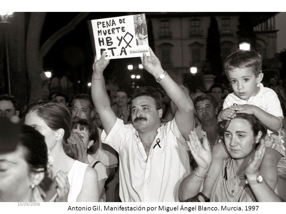 Antonio Gil. Manifestación por Miguel Ángel Blanco. Murcia. 1997