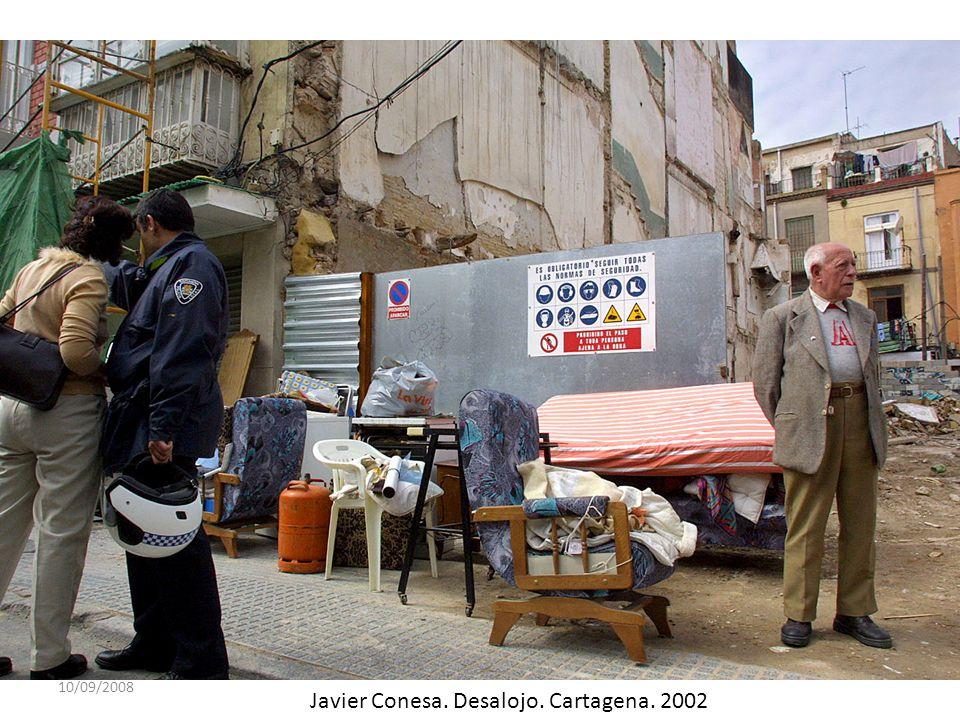 Javier Conesa. Desalojo. Cartagena. 2002