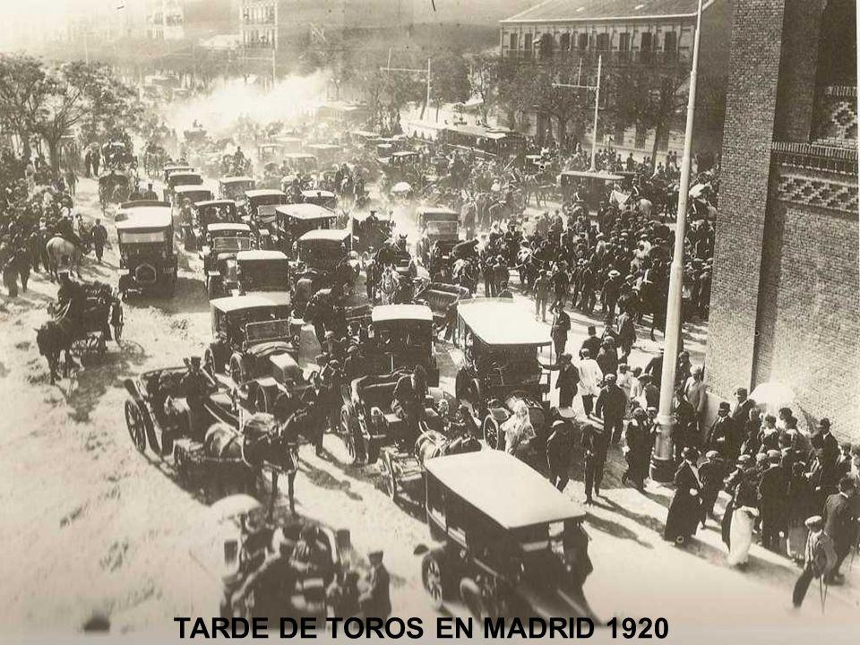 TARDE DE TOROS EN MADRID 1920