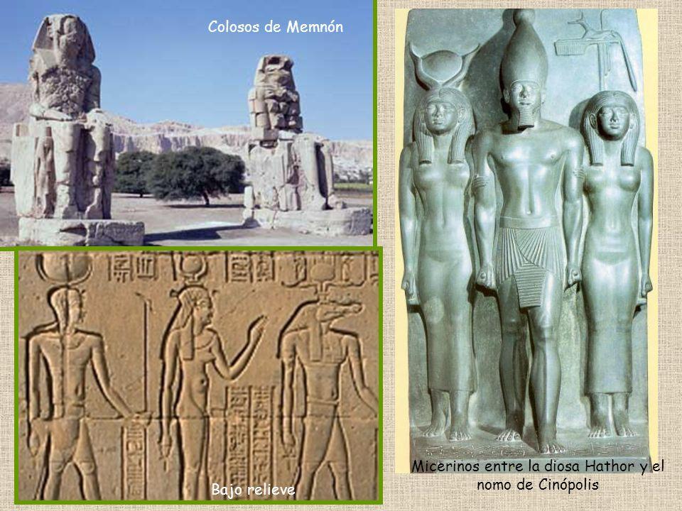 Micerinos entre la diosa Hathor y el nomo de Cinópolis