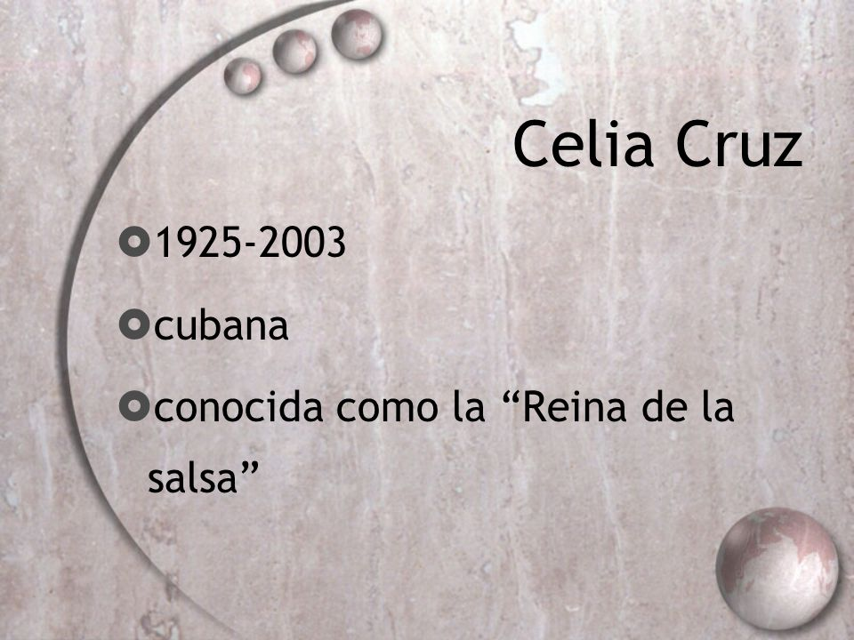 Celia Cruz 1925-2003 cubana conocida como la Reina de la salsa