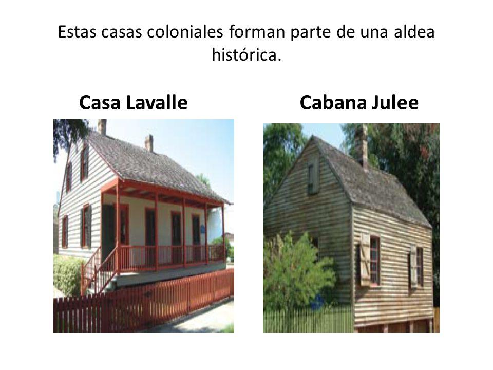 Estas casas coloniales forman parte de una aldea histórica.