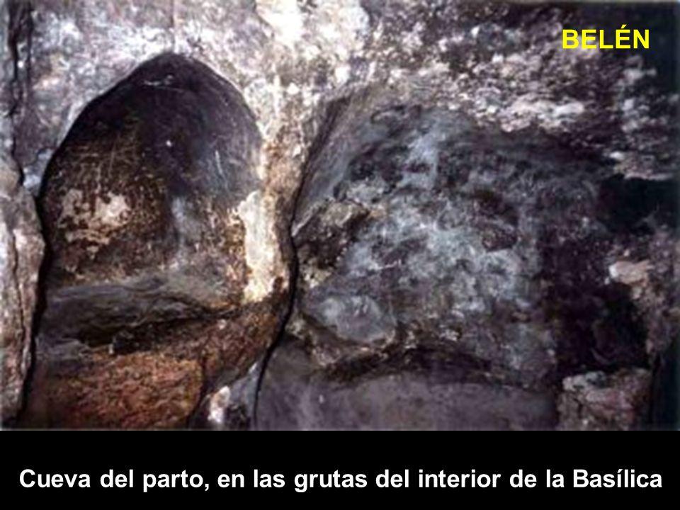 BELÉN Cueva del parto, en las grutas del interior de la Basílica