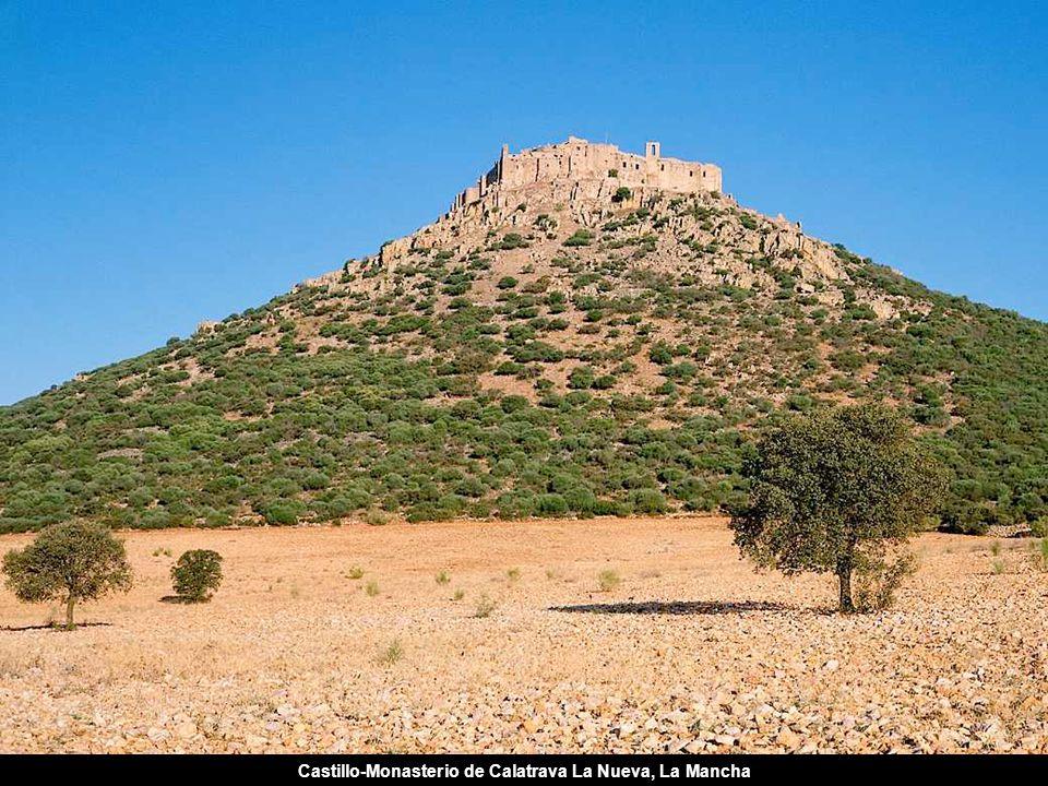 Castillo-Monasterio de Calatrava La Nueva, La Mancha