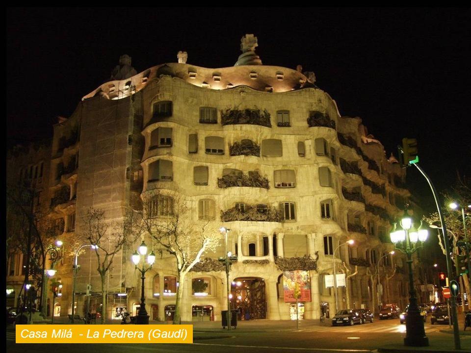 Casa Milá - La Pedrera (Gaudí)