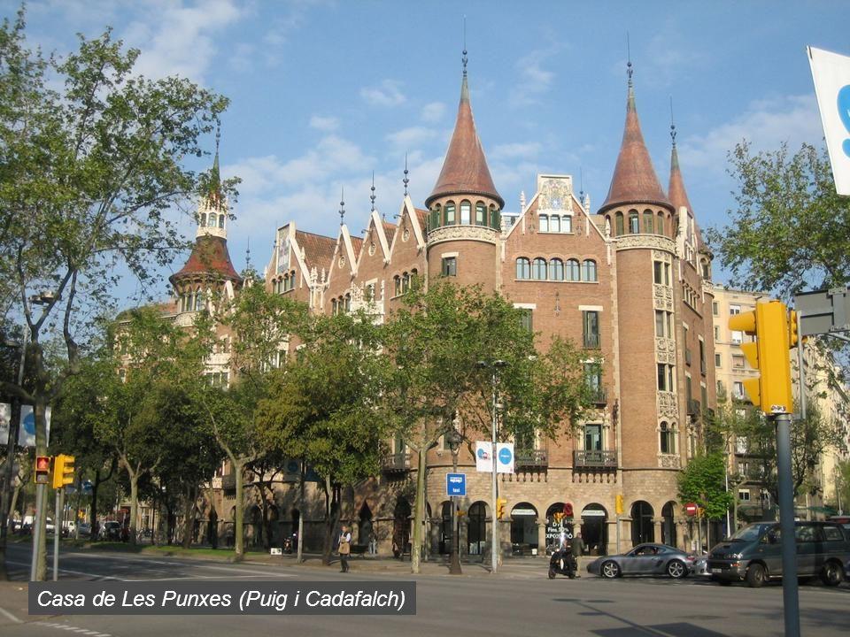 Casa de Les Punxes (Puig i Cadafalch)