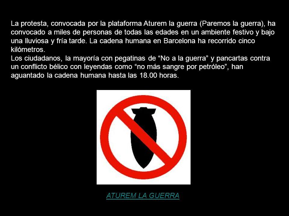 La protesta, convocada por la plataforma Aturem la guerra (Paremos la guerra), ha convocado a miles de personas de todas las edades en un ambiente festivo y bajo una lluviosa y fría tarde. La cadena humana en Barcelona ha recorrido cinco kilómetros.